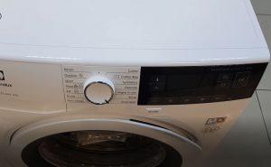 masina de spalat rufe Electrolux PerfectCare600 EW6F328W